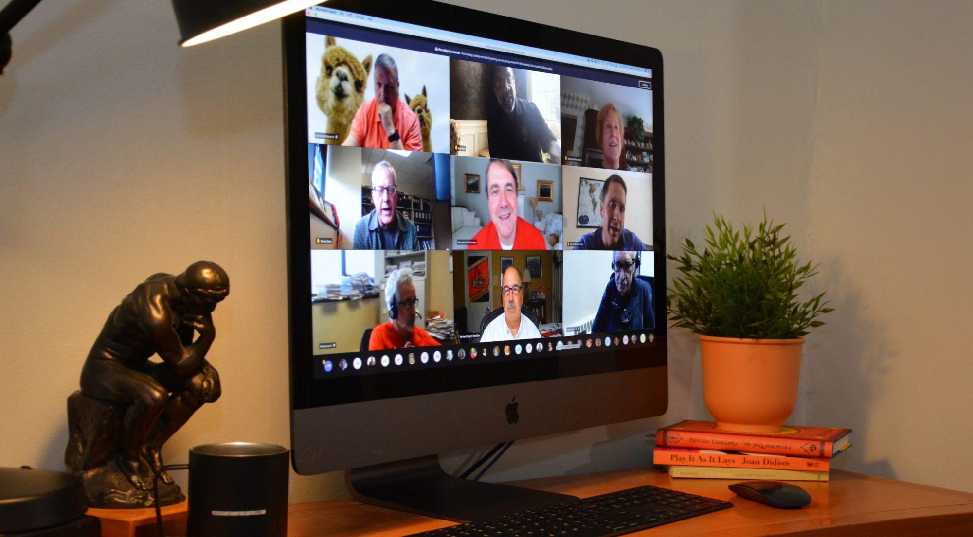 An Imac displaying an MS TEAMS meeting.
